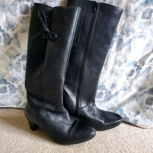 Size 7 Women's Tall Black Leather Heeled Boots